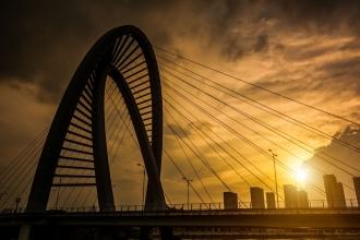 Kỹ sư xây dựng cầu đường - cơ hội và thách thức